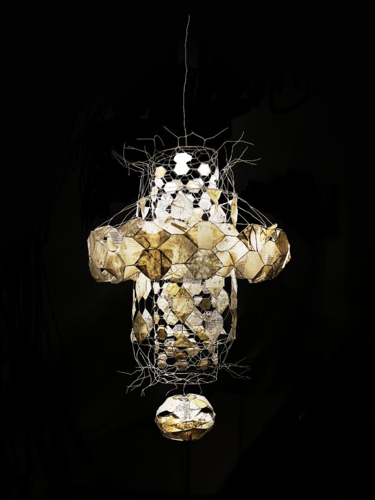 Noemi (my delight) (2021) - paper, glue, wire on chicken wire - 30